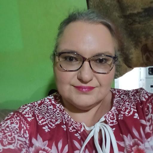 user Beth Tidwell apkdeer profile image