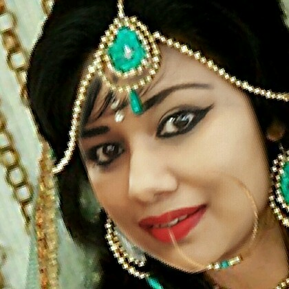user Kavita Hardew apkdeer profile image