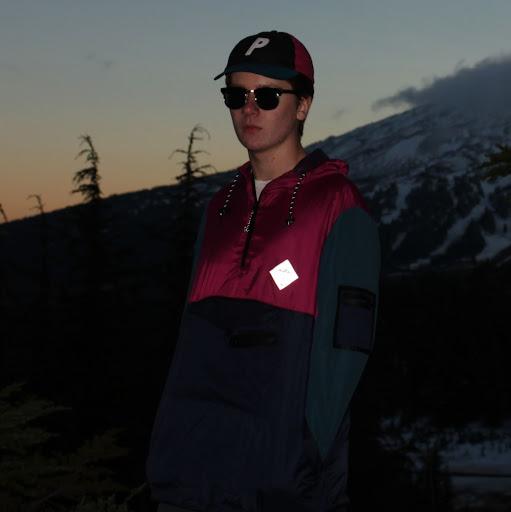 Tiernan F's avatar