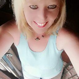user Genene Dormehl apkdeer profile image