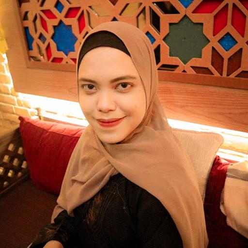 user Dinda Rosamanda apkdeer profile image