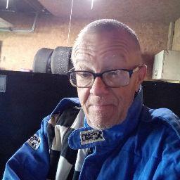 user Jim Logan apkdeer profile image