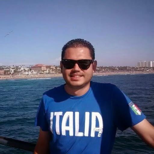 user Luis Godoy apkdeer profile image