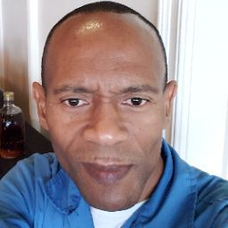 user Richard Kerr apkdeer profile image