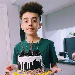 user Jacqueline Vazquez Rodrick apkdeer profile image
