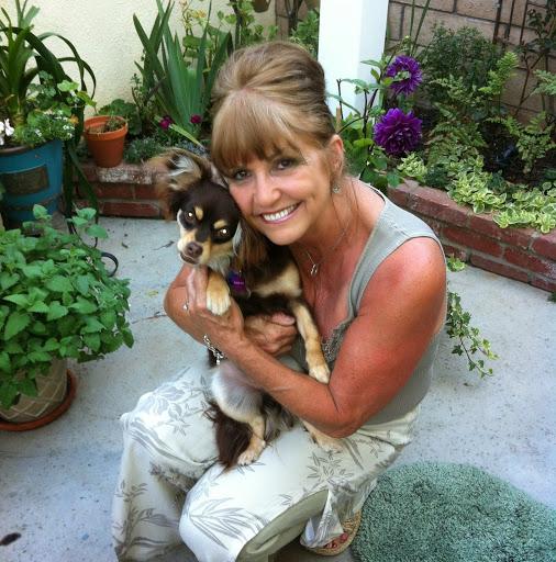user Deborah Host apkdeer profile image