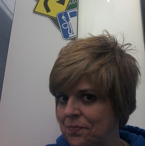 user Karen Hannah apkdeer profile image