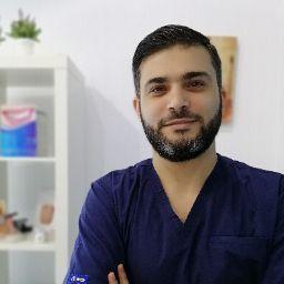 user Ameen Tahlah apkdeer profile image