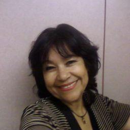 user Gloria Castellanos apkdeer profile image