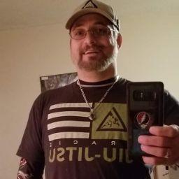 user Douglas Clearwater Henson apkdeer profile image