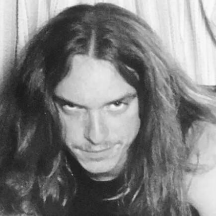 user Robert S. apkdeer profile image