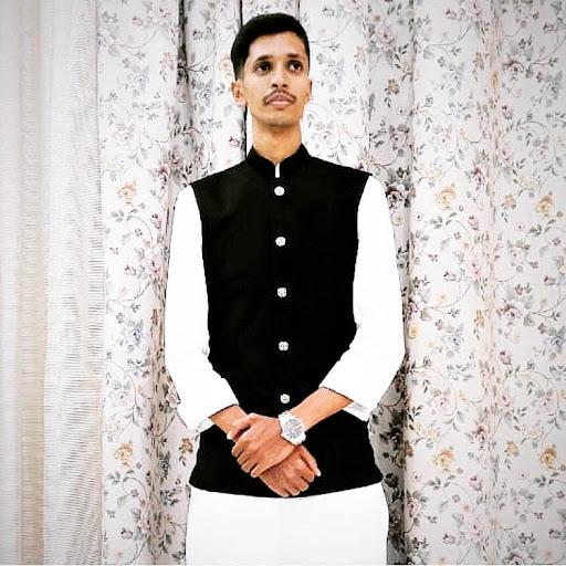 user Nasir Ahmed apkdeer profile image