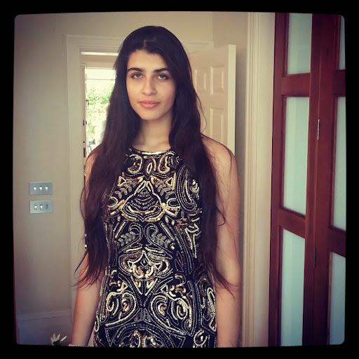 Serena Bhandari's avatar