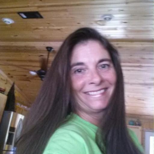 user Carla Lavergne apkdeer profile image