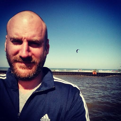 user Jason Kumpf apkdeer profile image