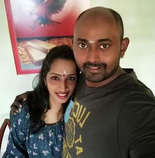 user Santhi Pannirselvan apkdeer profile image