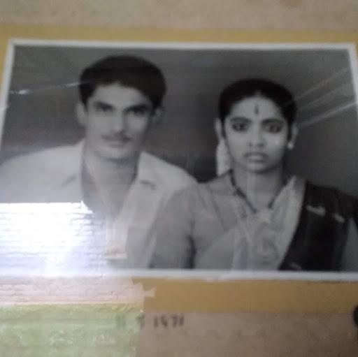 user Vijaya Kumar apkdeer profile image