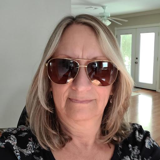 user Diane Philbrook apkdeer profile image