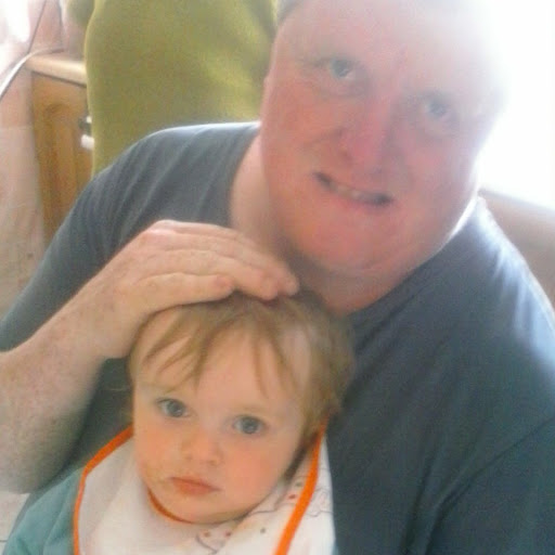 user Seamus Fahy apkdeer profile image