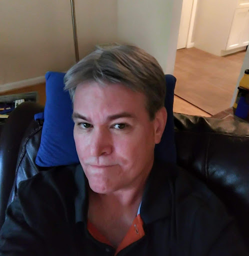 user James Lonergan apkdeer profile image