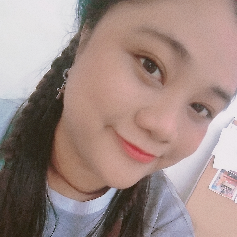 user Anna Lee Yoona apkdeer profile image