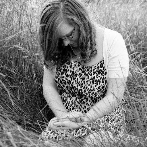 user Jessica Vesey apkdeer profile image