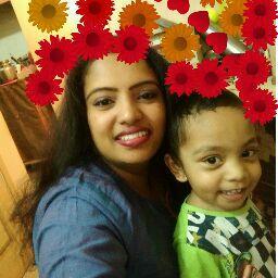 user Roopashri Vg apkdeer profile image