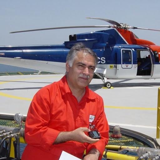user Dariush Abbasi apkdeer profile image
