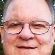 user Dickie Powell apkdeer profile image