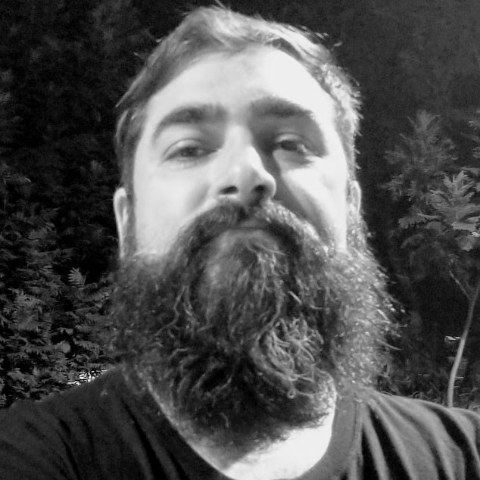 user Giuseppe Lanza apkdeer profile image