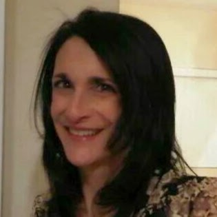 user Maria Abrams apkdeer profile image