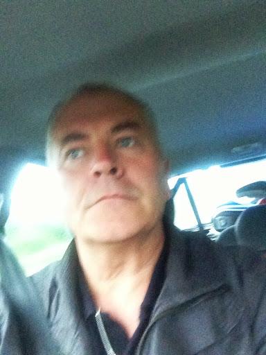 user Robin Derges apkdeer profile image