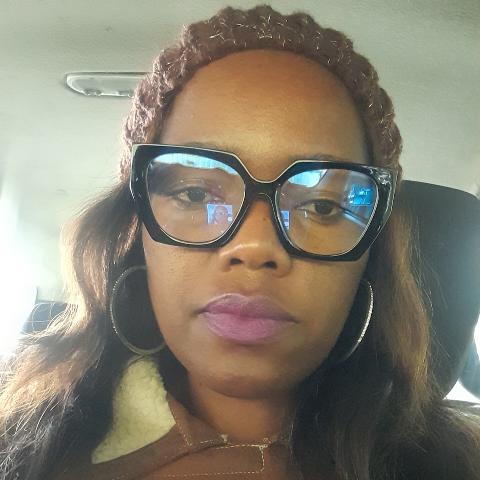 user Penella Mnyanda apkdeer profile image