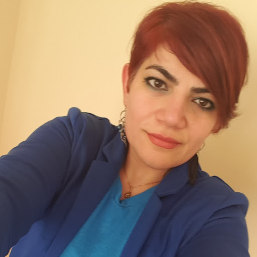user Maryam B apkdeer profile image