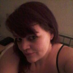 user Natalie Baker apkdeer profile image