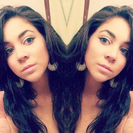 Ariana Dombrowski's avatar