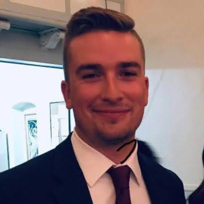 user Sean Buckley apkdeer profile image