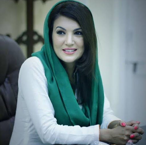 user Reham Khan apkdeer profile image