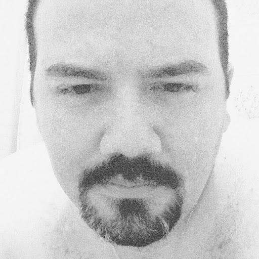user BebéTechManiac 2018 apkdeer profile image