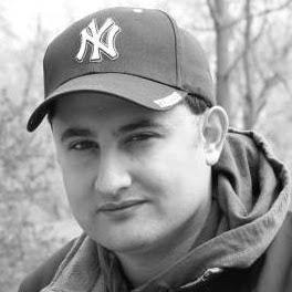 user Daniel Razumov apkdeer profile image