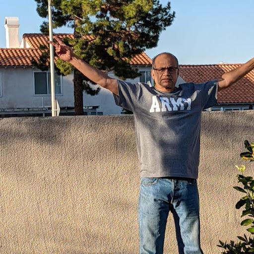 user Trevor Nathasingh apkdeer profile image