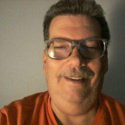 user Carlos Espin apkdeer profile image