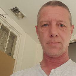 user David Appleby apkdeer profile image