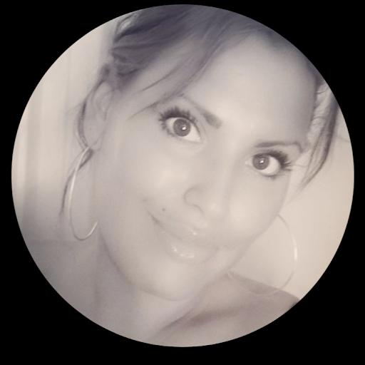 user Sarah A apkdeer profile image