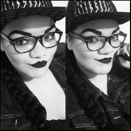 user Kayla Campbell apkdeer profile image