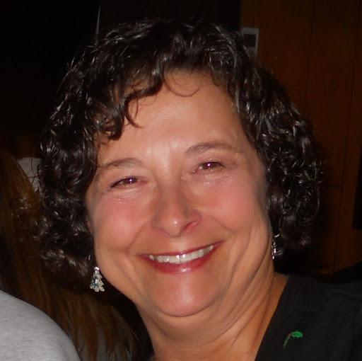 user Lee Ann Cash apkdeer profile image
