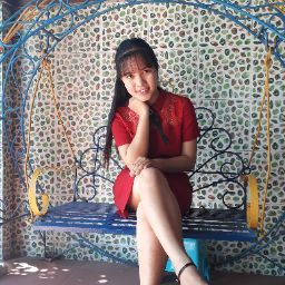 Hoàng Khánh Linh