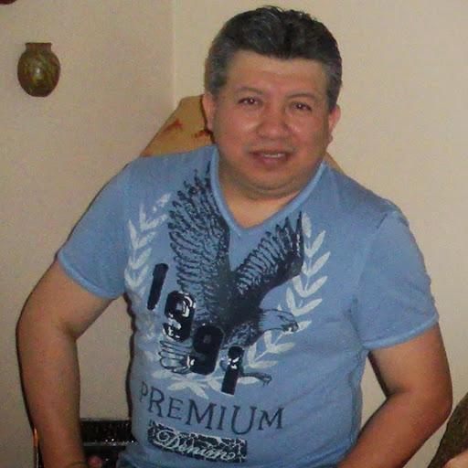 user Richard Llerena apkdeer profile image