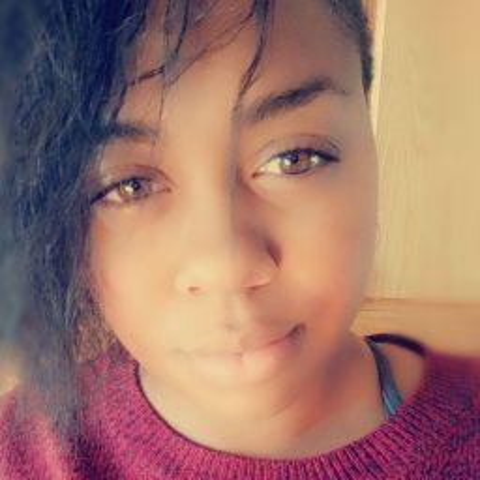 user Kailyn Berry apkdeer profile image