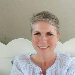 user Riette Coetzee apkdeer profile image